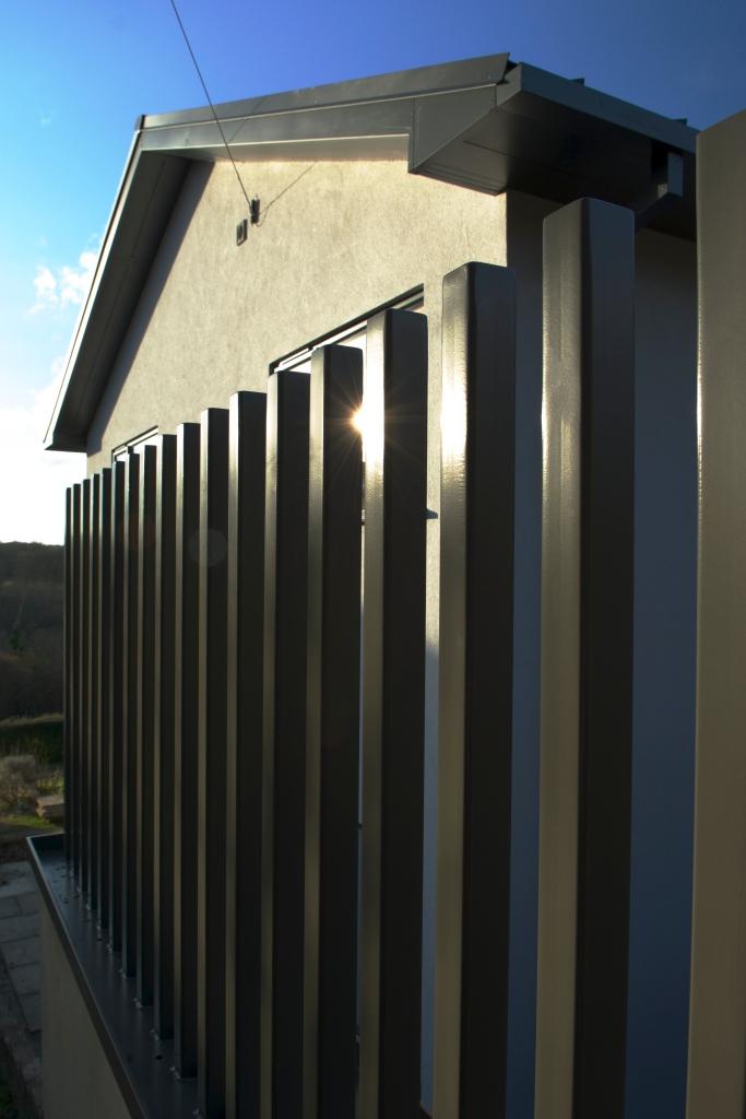 20150303 Balustrade install 7